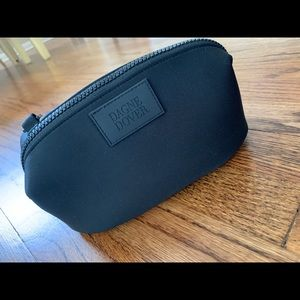 Handbags - Dagne Dover Hunter Toiletry Bag